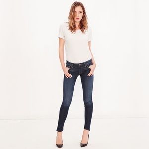 mother  the looker dark wash skinny in no play 24